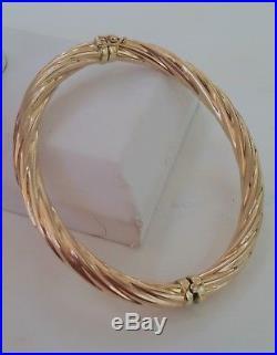 11.3 Gram 14k Yellow Gold 6.5 MM Wide Hinged Twisted Rib Design Bangle Bracelet