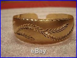 14K Yellow Gold Diamond Cut Leaf Design Wide Cuff Bangle Bracelet 20.1G