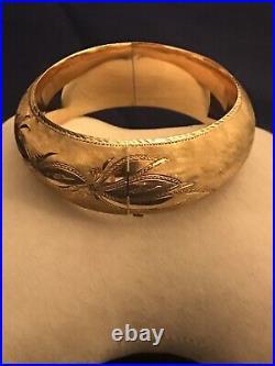 14K Yellow Gold Hinged Bangle Intricate Design Wide Bracelet