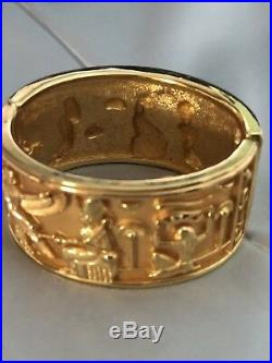 Elizabeth Taylor Vintage Cleopatra Wide Gold Tone Cuff Bracelet Egyptian Symbols