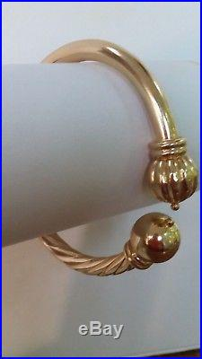 Unique Beautiful 13.3 Gram 14k Yellow Gold 6 MM Wide Hinged Bangle Bracelet