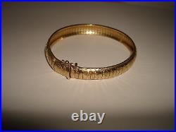 VTG ELEGANT OMEGA SNAKE 14 K SOLID YELLOW GOLD 7 LONG 10mm WIDE BRACELET