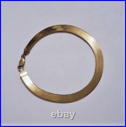 Vintage 10K Yellow Gold Wide ITALY Herringbone Bracelet 9 x 7 mm 7.5 Gr UNISEX