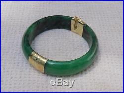 Vintage 14KT Yellow Gold Wide Green Jade Hinged Bangle Bracelet