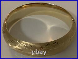 Vintage 14K Yellow Gold Etched WIDE Bangle Bracelet 25 Gr
