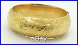 Wow Vintage 14K Y Gold Diamond Engraved Brushed Wide Hinge Bangle Bracelet A6846
